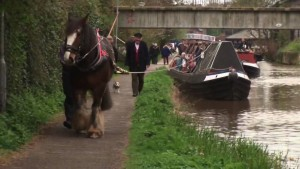 Leisurely Canal Travel