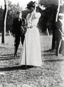 Margaret Abbott on golf course, circa 1904
